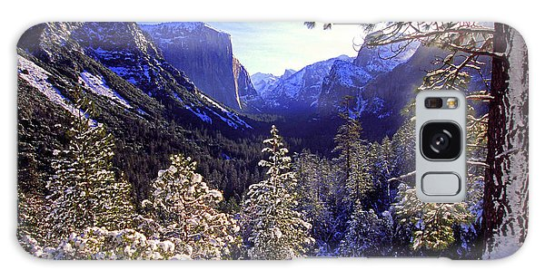 Yosemite Valley In Winter, California Galaxy Case