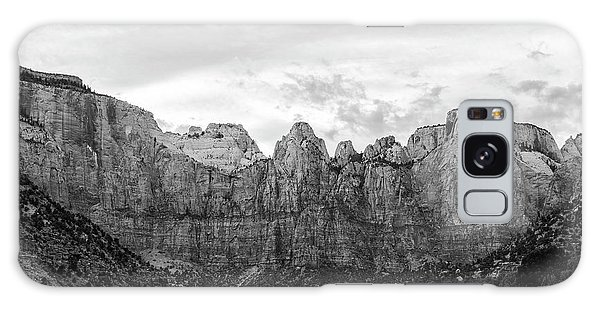 Desert View Tower Galaxy Case - Zion's Towers Of The Virgin Black And White by Stephanie McDowell