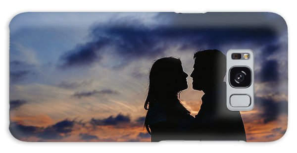Couple With Cloud Sky Backlight Galaxy Case