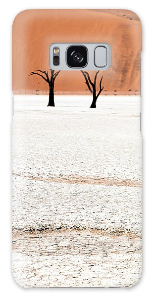 Horizontal Galaxy Case - Dead Black Trees In The Desert by Kim Visser