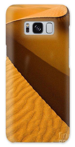 Death Galaxy Case - Mesquite Flat Dunes At Death Vakkey by Gleb Tarro
