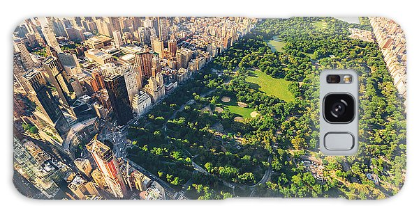 Dusk Galaxy Case - Aerial View Of Manhattan New York by Tierneymj
