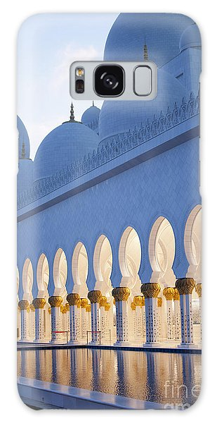 Spirituality Galaxy Case - Arches Of Grand Mosque Of Abu Dhabi by Ahmad A Atwah
