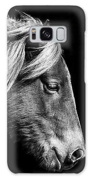 Galaxy Case featuring the photograph Assateague Pony Sarah's Sweet Tea B And W by Bill Swartwout Fine Art Photography