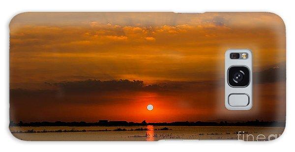 Scenery Galaxy Case - Beautiful Sunset Landscape At Rice by Panompon Jaturavittawong