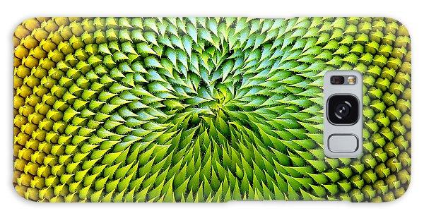Botanical Garden Galaxy Case - Beautiful Warm Sunflower Close by Danielo