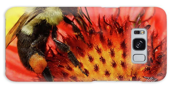 Bee Red Flower Galaxy Case