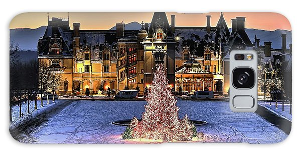 Biltmore Christmas Night All Covered In Snow Galaxy Case