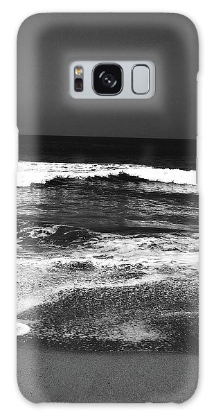 Greeting Galaxy Case - Black And White Beach 7- Art By Linda Woods by Linda Woods