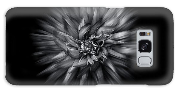 Black And White Flower Flow No 5 Galaxy Case