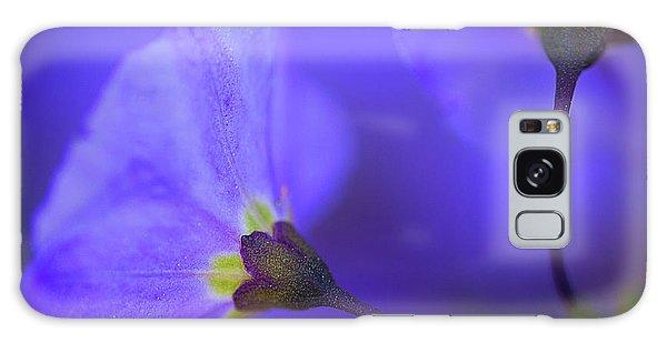 Blue Flower Galaxy Case