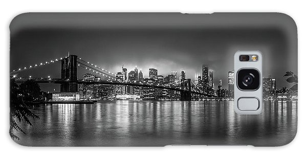 Long Exposure Galaxy Case - Bright Lights Of New York by Nicklas Gustafsson