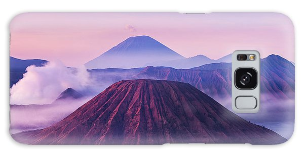Scenery Galaxy Case - Bromo, Batok And Semeru Volcanoes At by Saiko3p