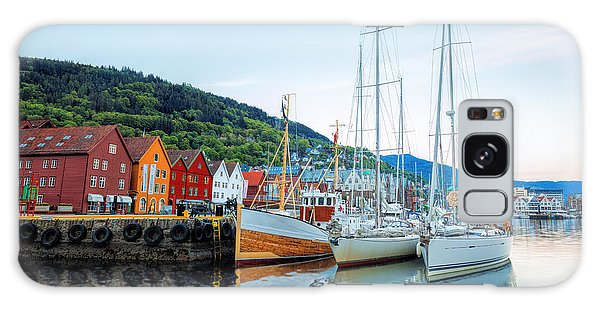 Attraction Galaxy Case - Bryggen Street With Boats In Bergen by Samot
