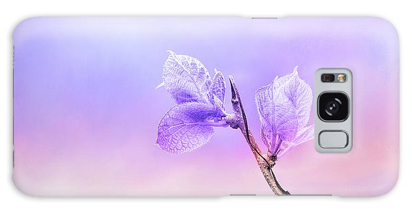 Charming Baby Leaves In Purple Galaxy Case