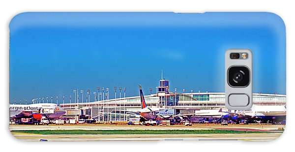 Chicago, International, Terminal Galaxy Case