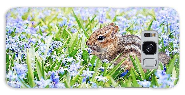 Chipmunk On Flowers Galaxy Case