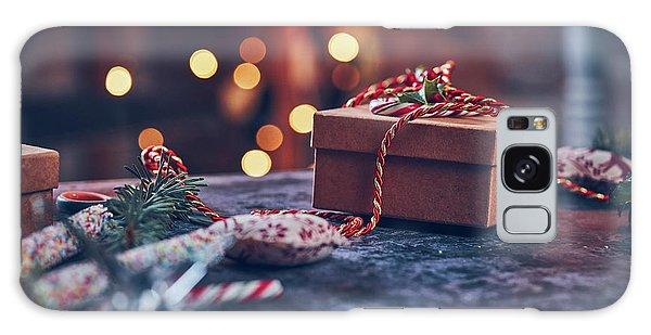 Christmas Pesent Galaxy Case