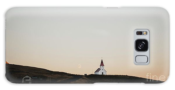 Church On Top Of A Hill And Under A Mountain, With The Moon In The Background. Galaxy Case