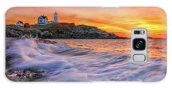 Dawn At Cape Neddick Lighthouse Galaxy Case