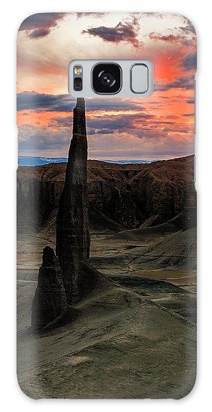 Desert Spire Galaxy Case