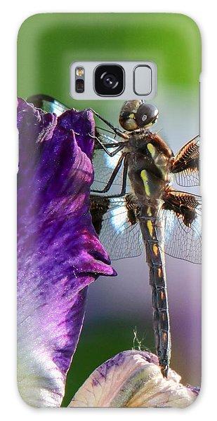 Dragonfly On Iris Galaxy Case
