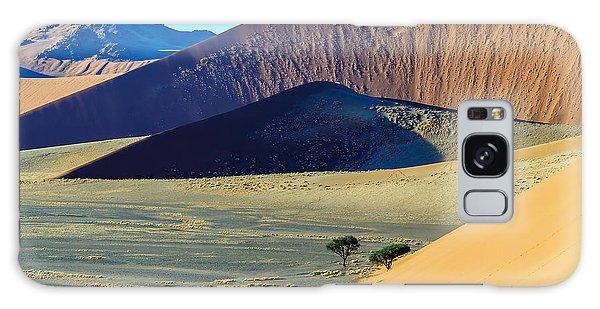 Death Galaxy Case - Dunes In Sossusvlei Plato Of Namib by Vadim Petrakov