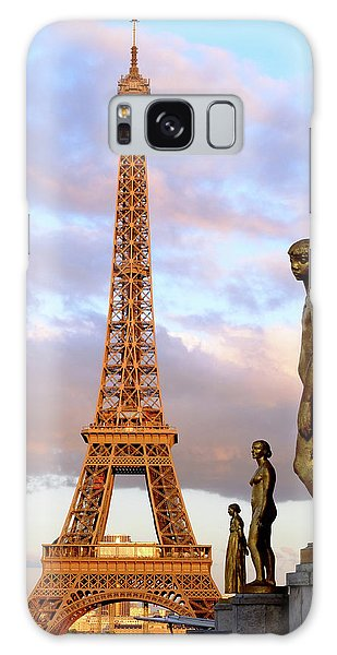 Eiffel Tower At Sunset Galaxy Case