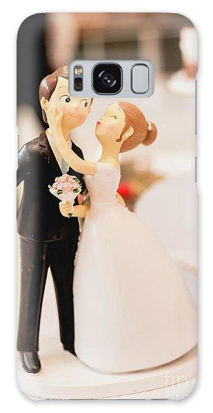 Elegant Wedding Cake Dolls Galaxy Case
