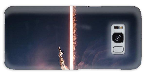Milky Way Galaxy Case - Falcon 9 Epic Launch by Filip Hellman