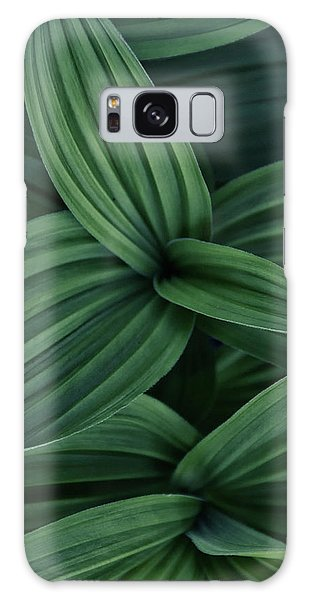 False Hellebore Plant Abstract Galaxy Case