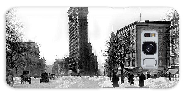 The Empire Galaxy Case - Flatiron In The Snow by Jon Neidert
