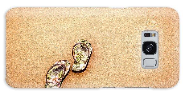 Flip-flops On The Sand. Galaxy Case