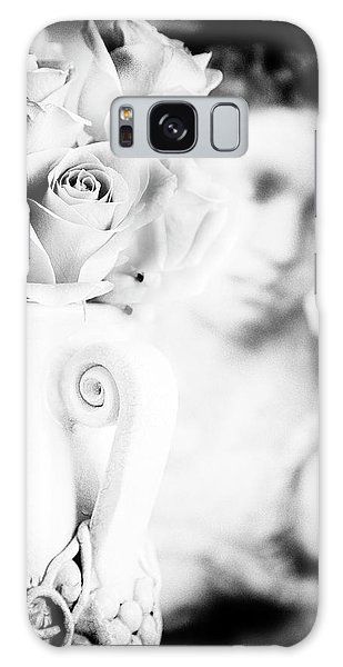 Vase Of Flowers Galaxy Case - Fragility by Theresa Tahara