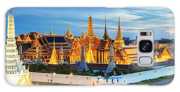 Spirituality Galaxy Case - Grand Palace And Wat Phra Keaw At by Southerntraveler
