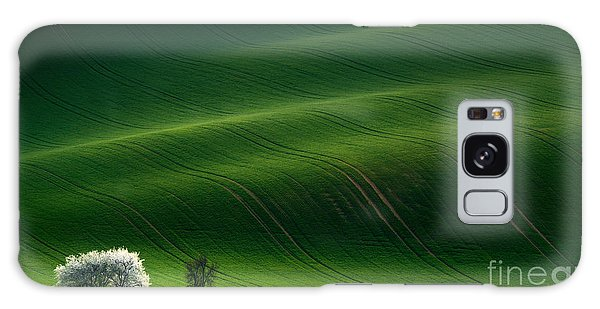 Farmland Galaxy Case - Green Rolling Spring Landscape With by Vlad Sokolovsky