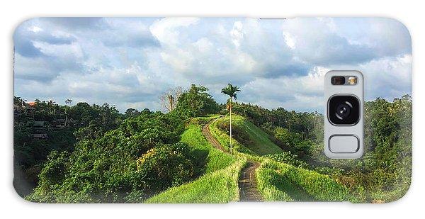 Scenery Galaxy Case - Idyllic Walking Path On Top Of Green by Davdeka