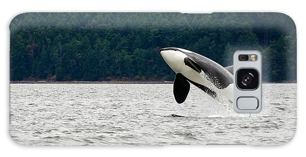 Jump Galaxy Case - Killer Whale Breaching Near Canadian by Doptis