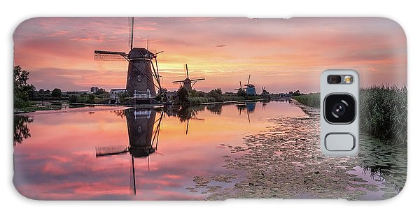 Kinderdijk Sunset Galaxy Case