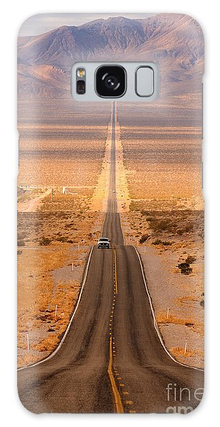 United States Galaxy Case - Long Desert Highway Leading Into Death by Nagel Photography