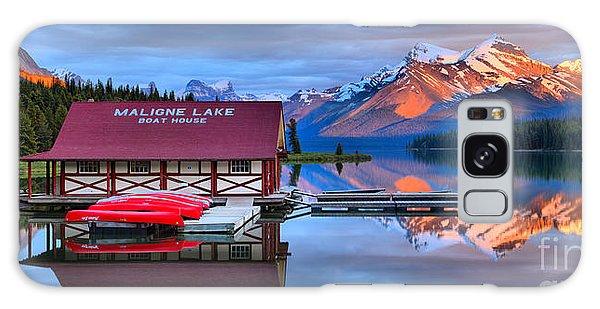 Maligne Lake Sunset Spectacular Galaxy Case