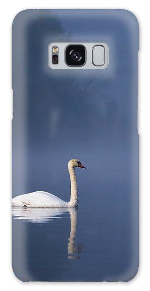 Misty River Swan 2 Galaxy Case