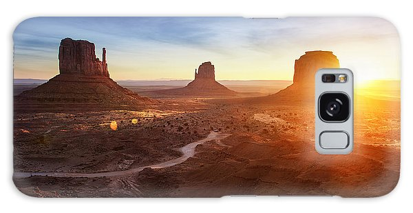 Southwest Usa Galaxy Case - Monument Valley At Sunrise by Im photo