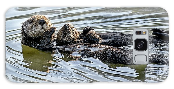 Mother Sea Otter Relaxing With Baby Galaxy Case