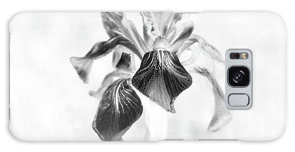 Mountain Lily Galaxy Case