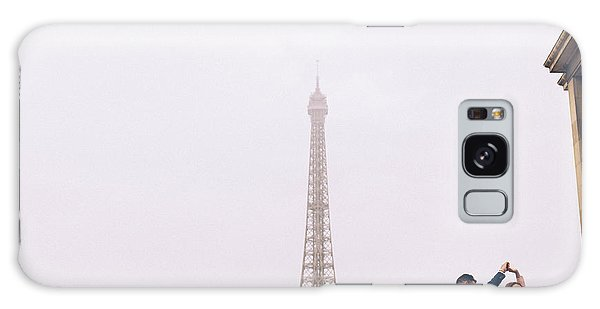 Newly-wed Couple On Their Honeymoon In Paris, Loving Having A Date Near The Eiffel Tower Galaxy Case