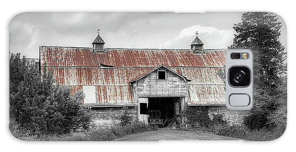 Outdoors Galaxy Case - Ohio Barn In Black And White by Tom Mc Nemar