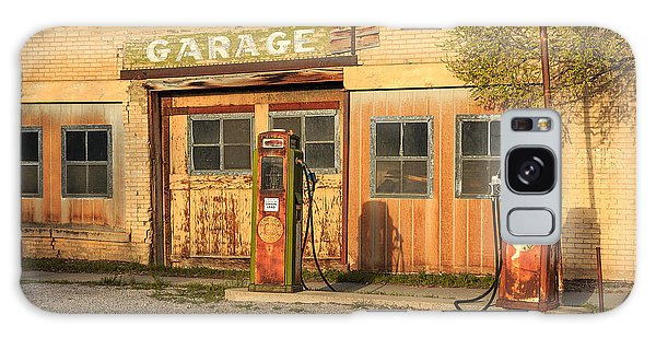 Old Road Galaxy Case - Old Service Station In Rural Utah, Usa by Johnny Adolphson