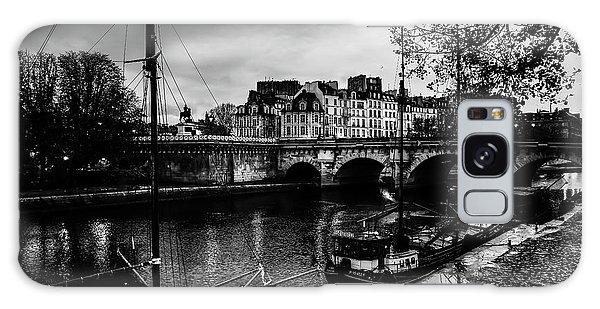 Paris At Night - Seine River Towards Pont Neuf Galaxy Case