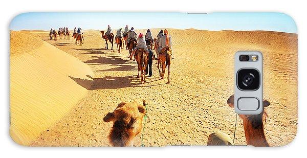 Caravan Galaxy Case - People In The Sahara Desert by Adisa